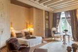 dormir-comme-un-prince-ou-une-princesse-dans-une-chambre-romantique-du-chateau-de-l-epinay-780783-797321